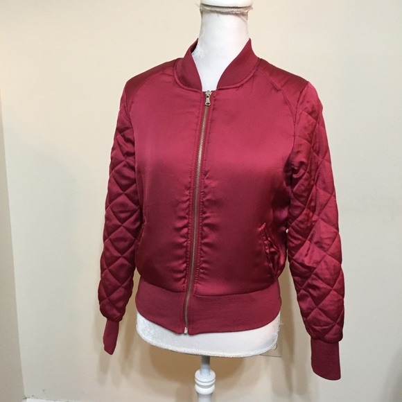 de258f3a7 H&M Divided Bomber Jacket Size 4 Pink Red Quilted